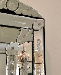 This floor to ceiling mirror is my new obsession- love the detail!