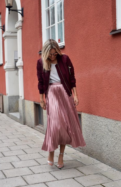 how to wear metallic the right way