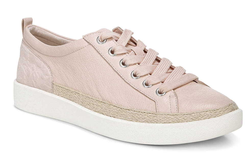 Comfort Shoe Brands That Offer Stylish Selections